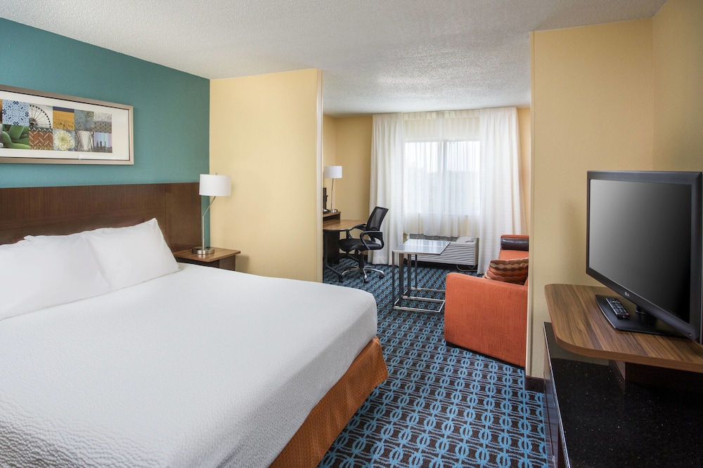 Room, Fairfield Inn & Suites Chicago Tinley Park