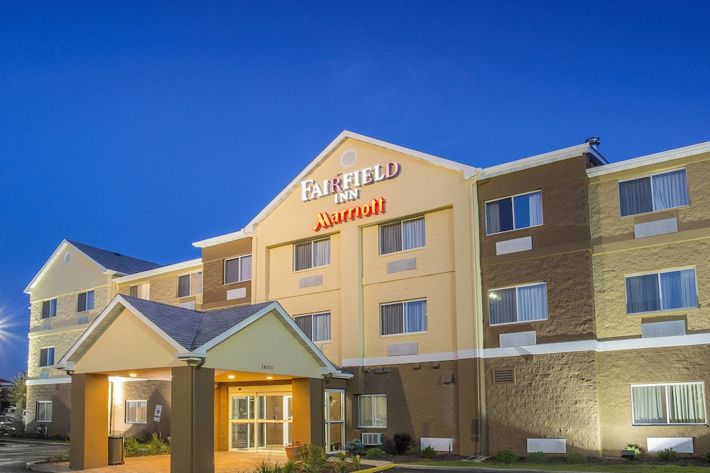 Dining, Fairfield Inn & Suites Chicago Tinley Park