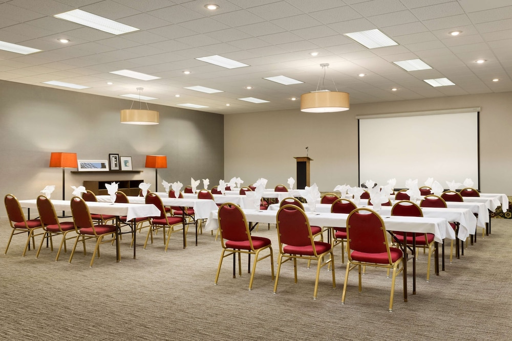 Meeting Facility, Country Inn & Suites by Radisson, Sidney, NE