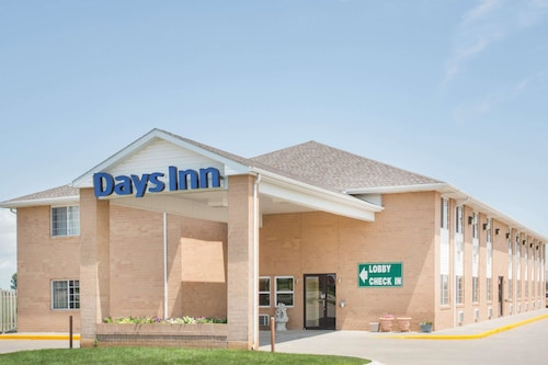 Days Inn by Wyndham Lexington NE