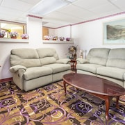 the 10 best hotels in sanford north carolina 59 for 2019. Black Bedroom Furniture Sets. Home Design Ideas