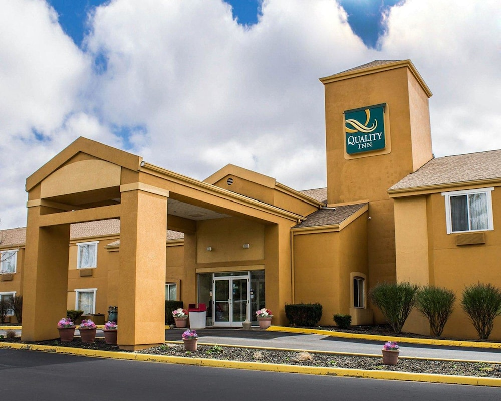 Quality Inn Brunswick Cleveland South in Cleveland   Hotel Rates ...