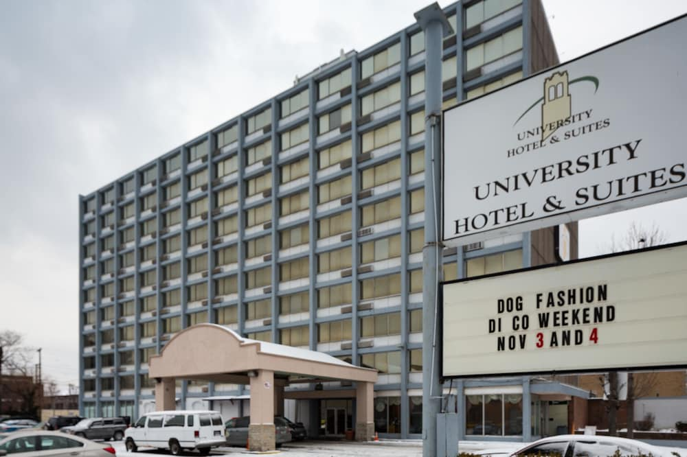 Front of Property, University Hotel & Suites