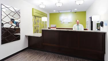 Holiday Inn Express & Suites Wyomissing, an IHG Hotel