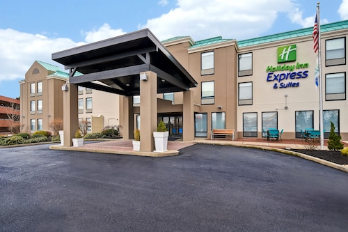 Holiday Inn Express & Suites Allentown-Dorney Park Area, an IHG Hotel