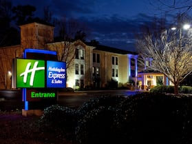 Holiday Inn Express Hotel & Suites Lexington-Hwy 378, an IHG Hotel