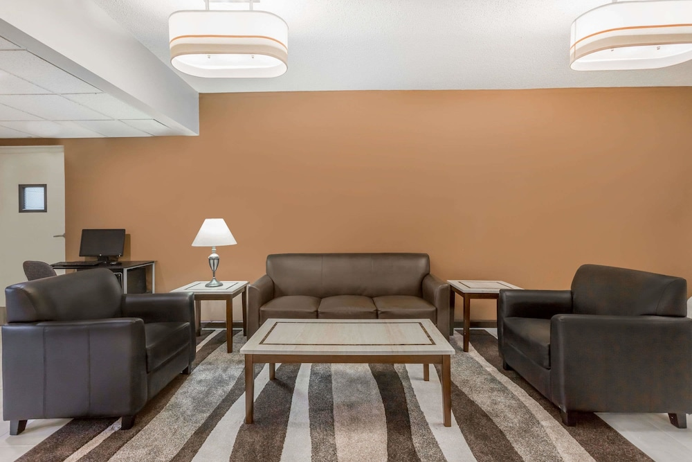 Business Center Featured Image Lobby ...