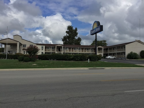 Check Expedia for Availability of Days Inn by Wyndham Kerrville