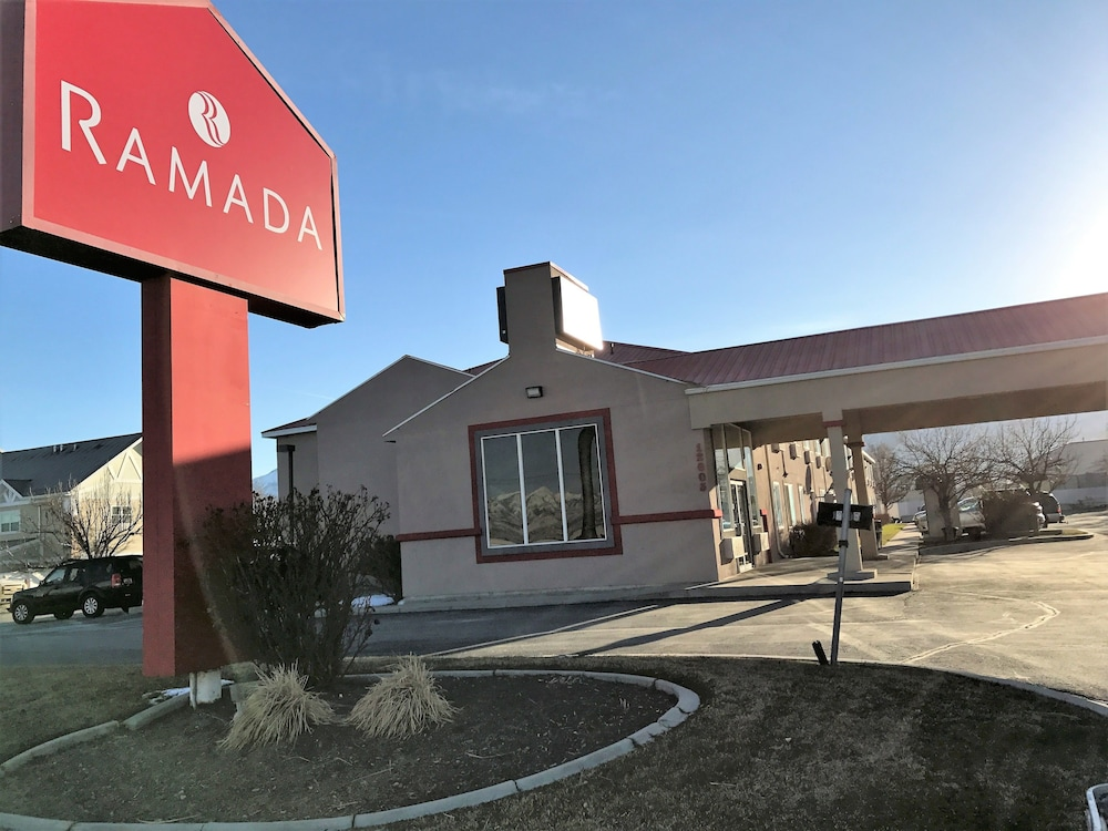 Front of Property, Ramada by Wyndham Draper