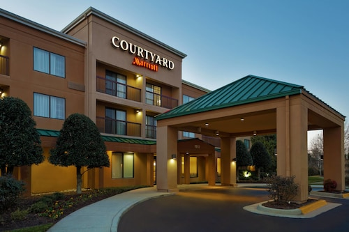 Great Place to stay Courtyard by Marriott Chesapeake near Chesapeake