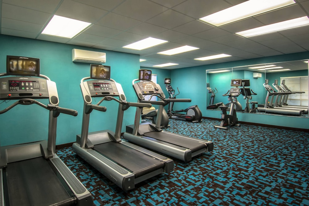 Fitness Facility, Fairfield Inn & Suites by Marriott at Dulles Airport