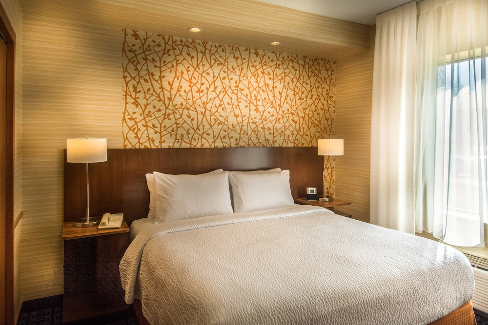 Room, Fairfield Inn & Suites by Marriott at Dulles Airport