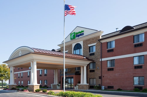 Holiday Inn Express Sheboygan-Kohler, an IHG Hotel
