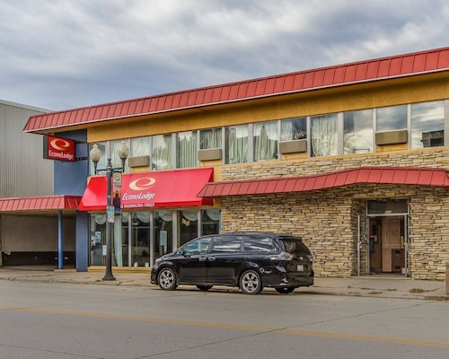 Great Place to stay Econo Lodge near Manitowoc