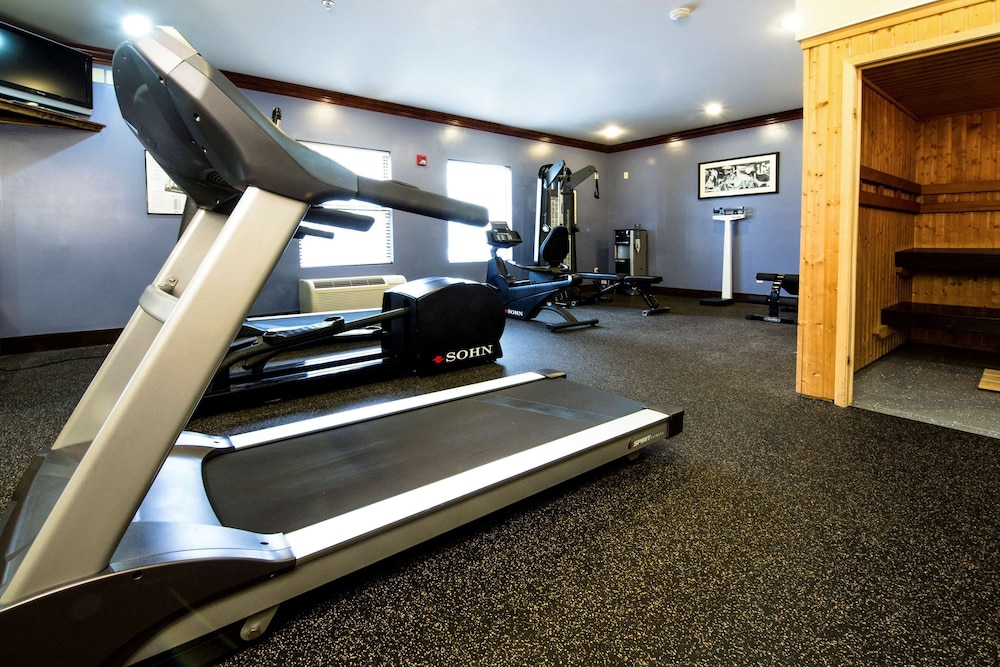 Fitness Facility, Country Inn & Suites by Radisson, Fayetteville-Fort Bragg, NC