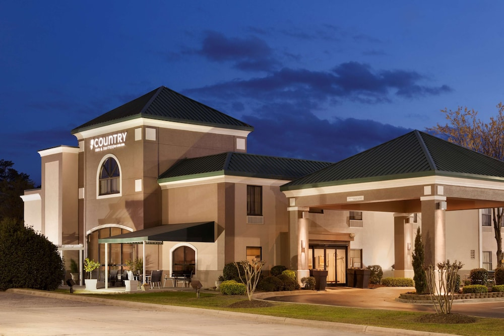 Exterior, Country Inn & Suites by Radisson, Fayetteville-Fort Bragg, NC