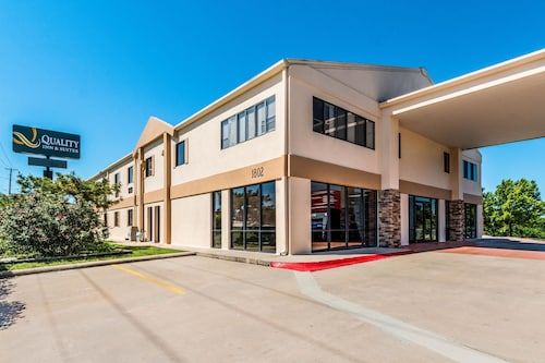 Great Place to stay Quality Inn & Suites Round Rock-Austin North near Round Rock