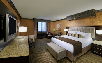 Gold Tower Deluxe - Guestroom