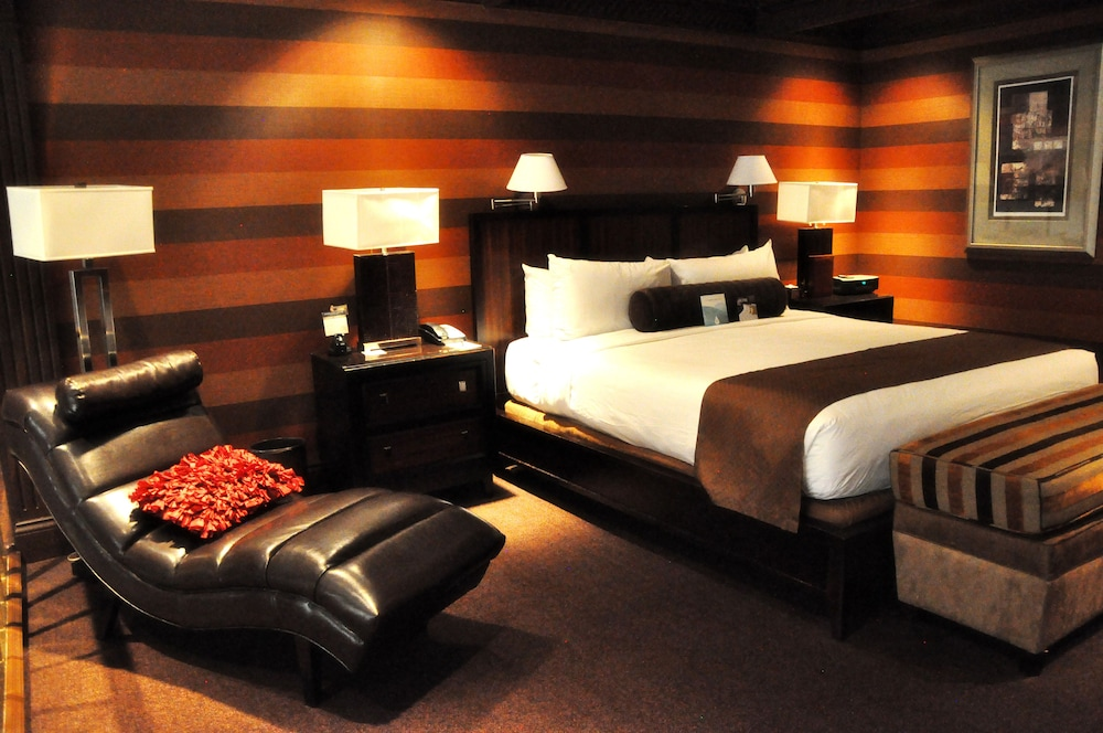 Golden Nugget Las Vegas Hotel Amp Casino Reviews Photos