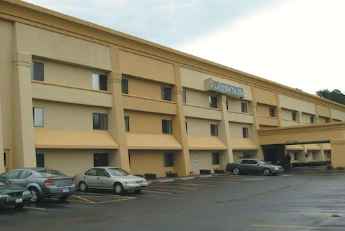 La Quinta Inn & Suites by Wyndham Jackson