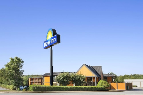 Days Inn & Suites by Wyndham Duncan/Spartanburg