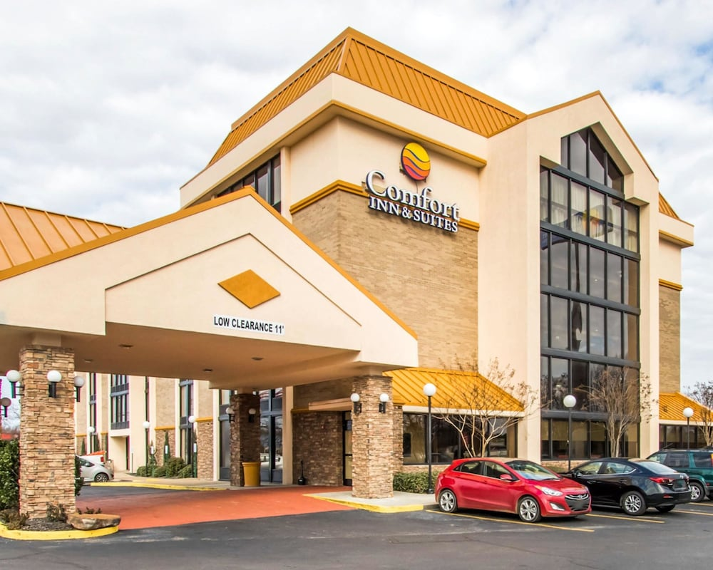 Comfort Inn  U0026 Suites  2019 Room Prices  79  Deals