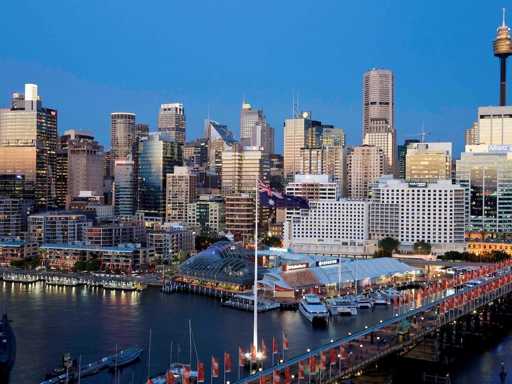 radicor hotel darling harbour Radisson hotel & suites sydney is a 45 star hotel centrally located within sydney's cbd.