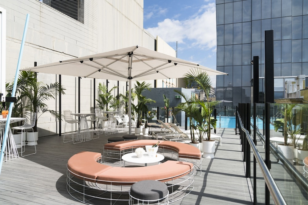 Terrace/Patio, Adelphi Hotel