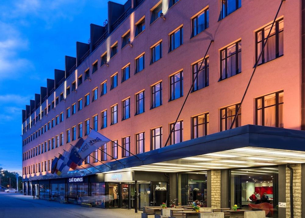 Front of Property - Evening/Night, Park Inn by Radisson Central Tallinn