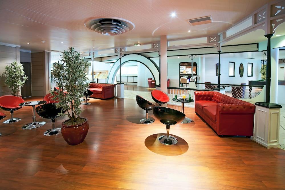 Qualys Hotel Paris Est
