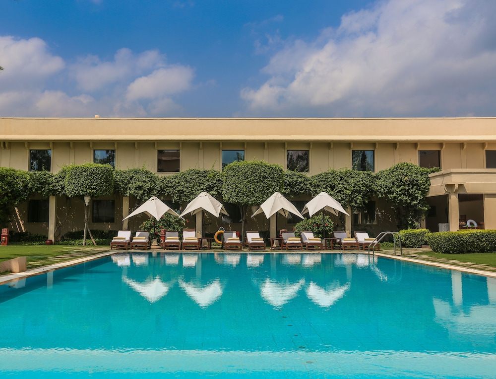 Outdoor Pool, Trident, Agra