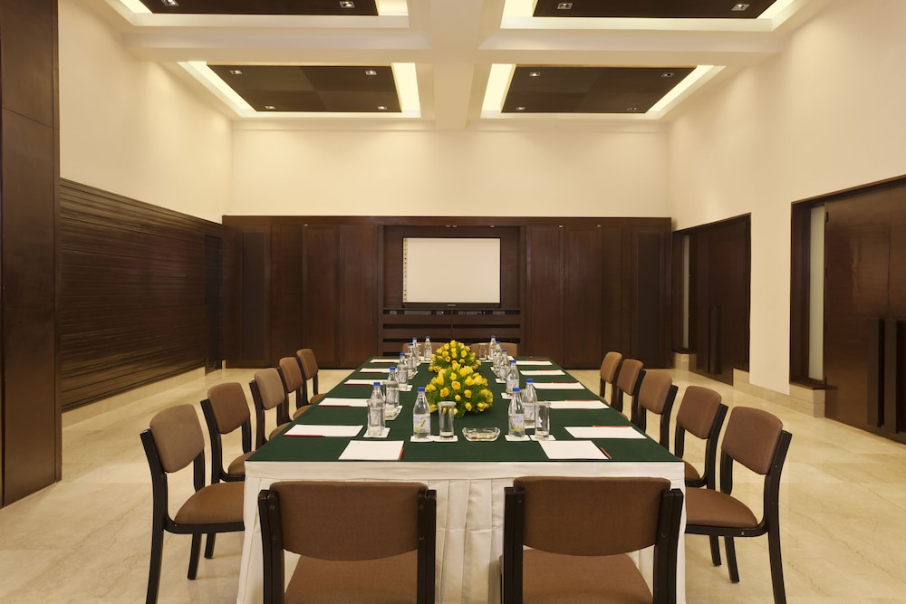 Meeting Facility, Trident, Agra