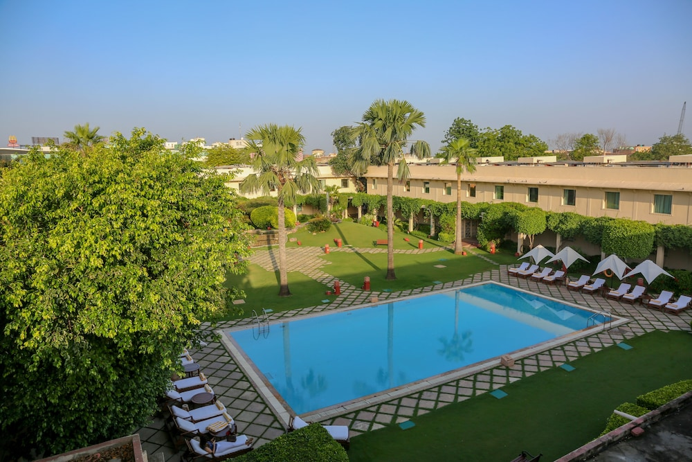 Featured Image, Trident, Agra