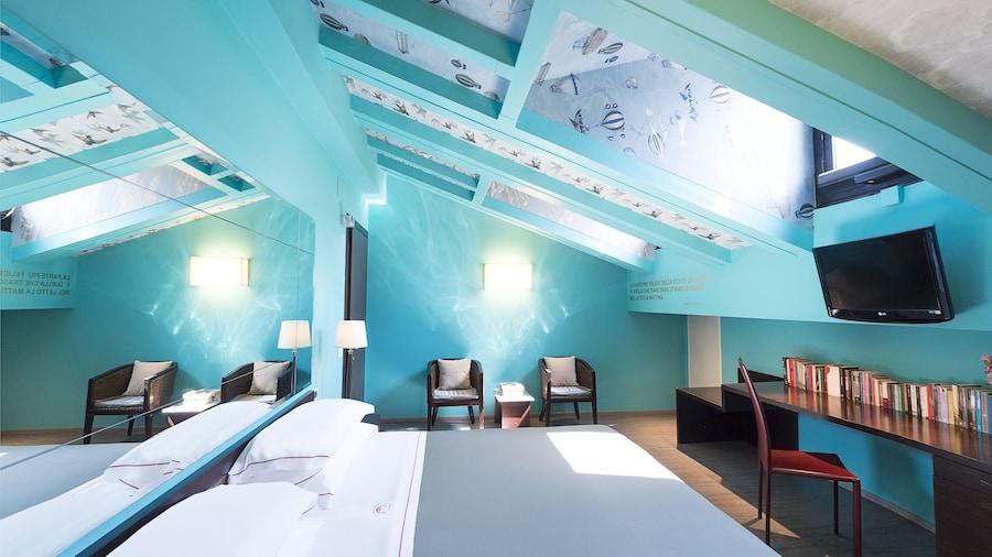 Phi Hotel Bologna