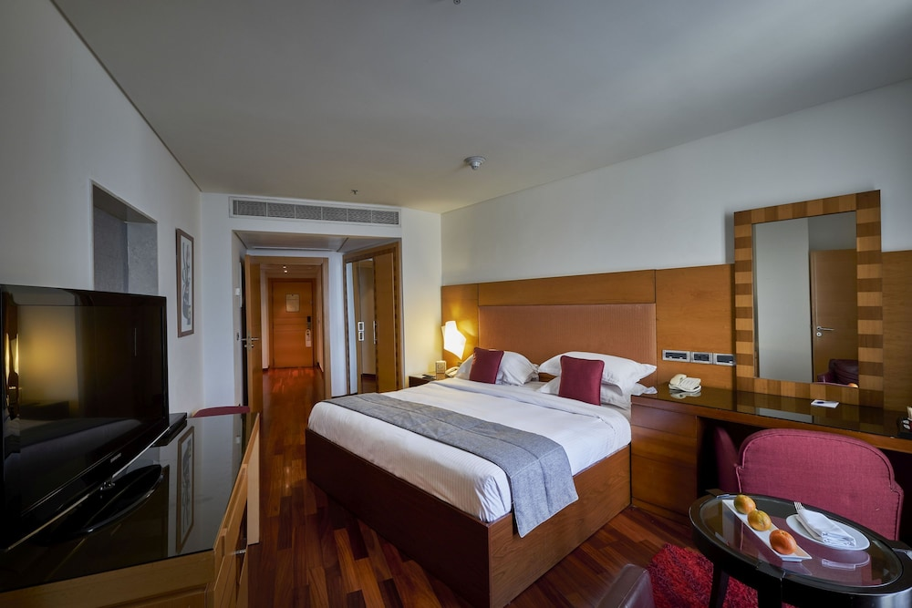 Room, Coral Beach Hotel and Resort Beirut
