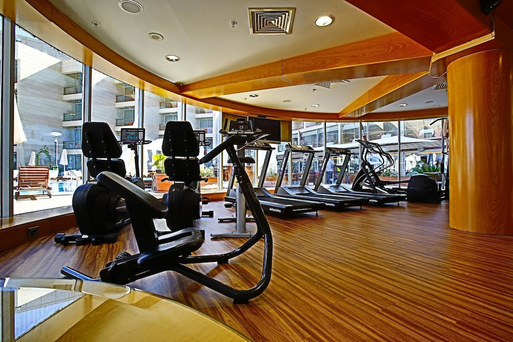 Gym, Coral Beach Hotel and Resort Beirut