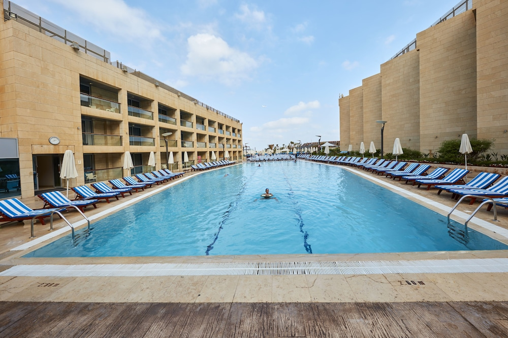 Resort View, Coral Beach Hotel and Resort Beirut