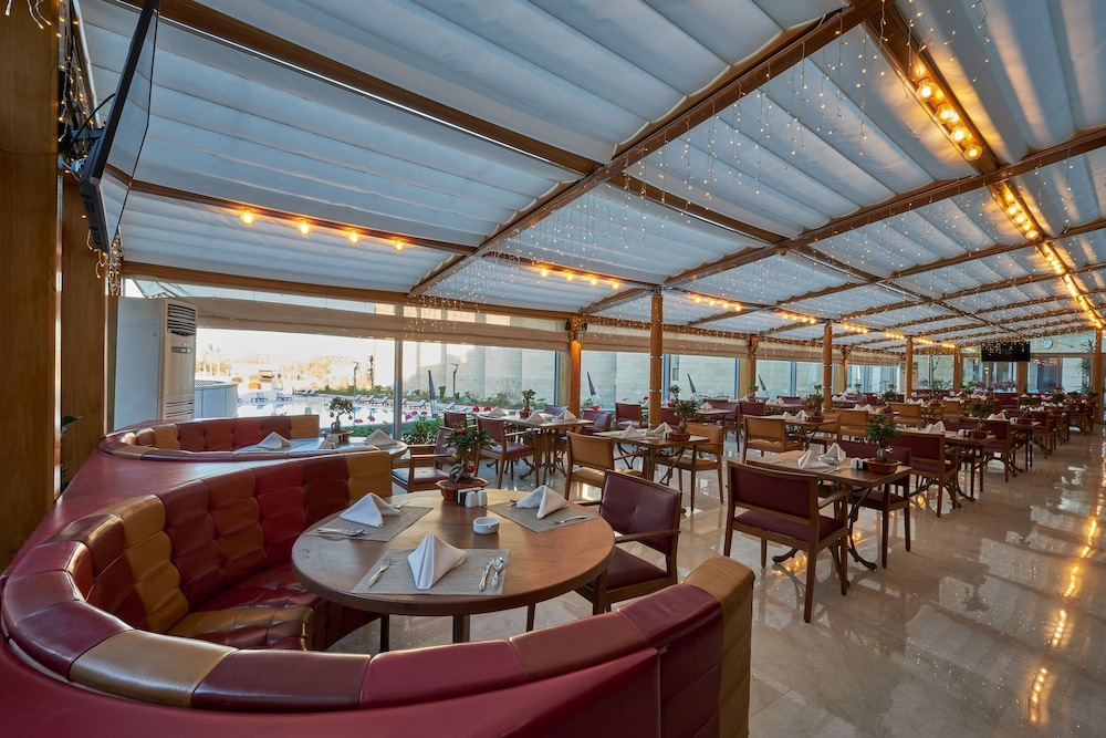Cafe, Coral Beach Hotel and Resort Beirut