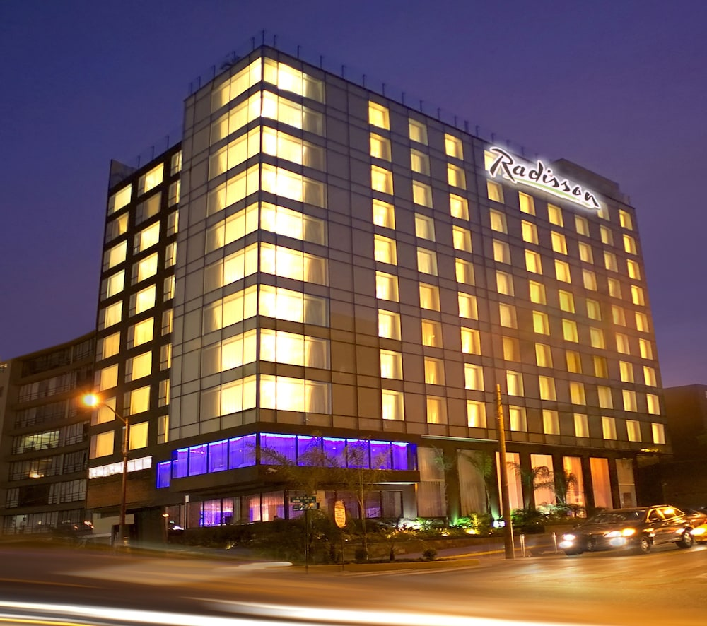 Book radisson hotel decapolis miraflores lima hotel deals for Radisson hotel
