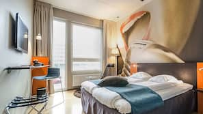 In-room safe, cribs/infant beds, linens, alarm clocks