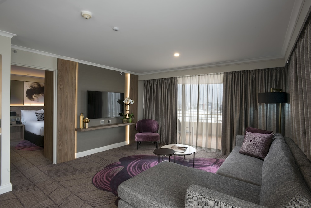 Living Area, Rydges South Bank