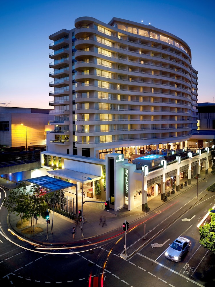 Front of Property, Rydges South Bank