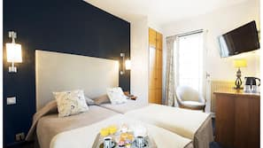 Premium bedding, minibar, desk