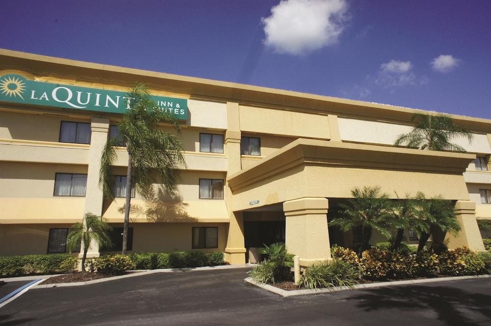 La Quinta Inn  U0026 Suites Tampa  Brandon West In Tampa