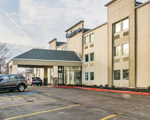 Check Expedia for Availability of Comfort Inn Mayfield Heights Cleveland East