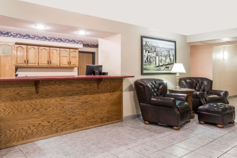 Super 8 By Wyndham Maysville Ky In Hotel Rates Reviews On Orbitz
