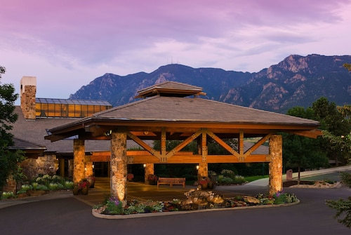 Cheyenne Mountain Colorado Springs