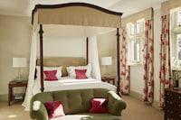 Ockenden Manor Hotel & Spa (11 of 39)