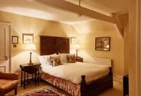 Ockenden Manor Hotel & Spa (32 of 39)