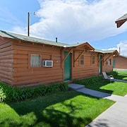 Buffalo Bill Village Cabins